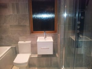 bathroom refurbishment milton keynes